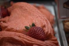 آيس كريم فراولة فريز بوظة أمية